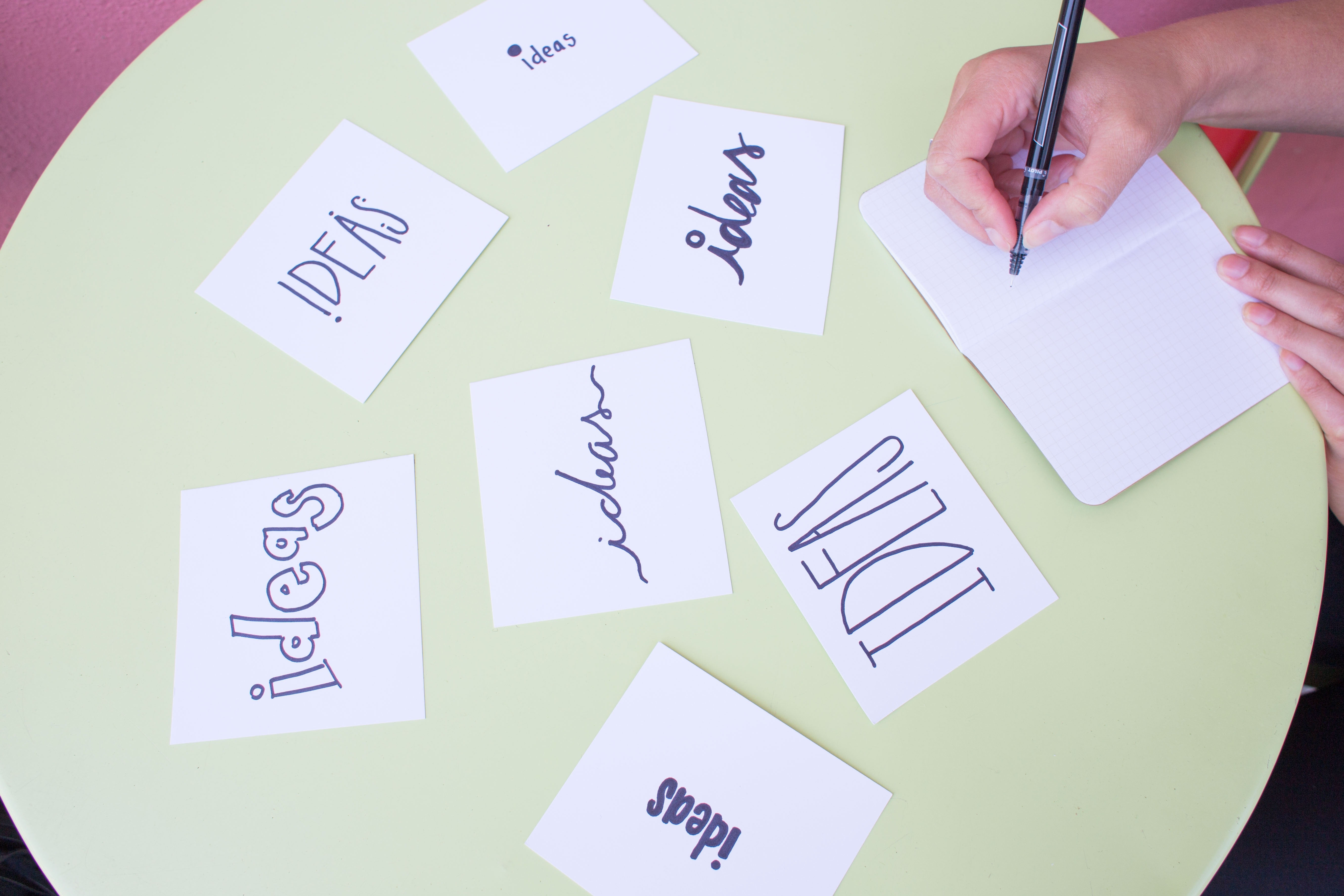 blur-brainstorming-business-269448