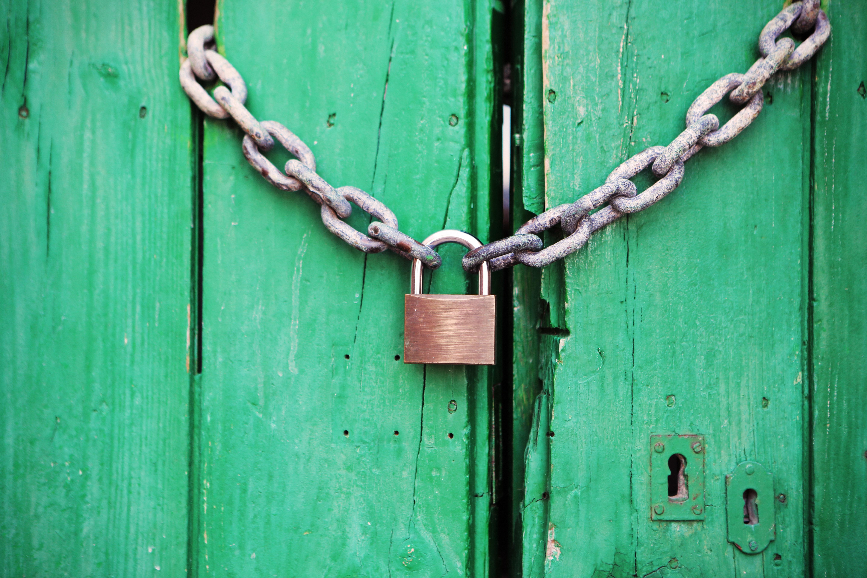 closed-coming-soon-door-4291